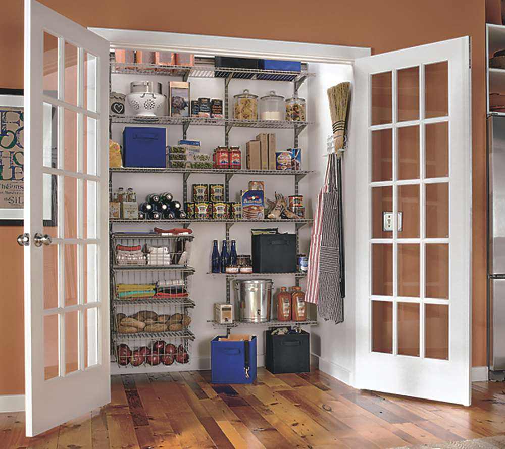 Kitchen Pantry Door Options: Kitchen Remodel With Walk-In Pantry